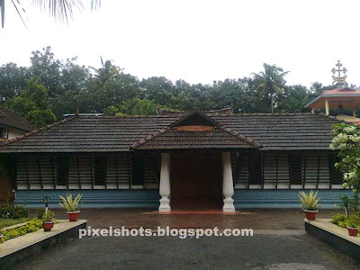sister St alphonsa home at kudamaloor-kottayam-kerala,first woman saint home,christian pilgrimage places,home chappel