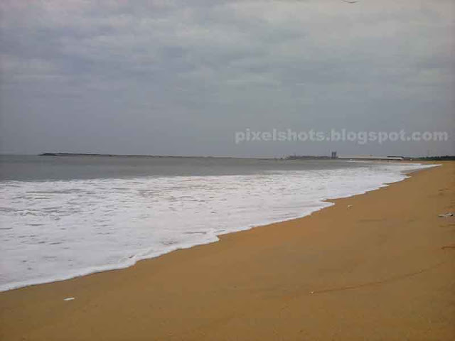kerala beaches,golden sands of the beach,coromandel coast beaches,neat kerala beaches,golden beaches,beach danger zones,dangerous beaches,beach waves,rough sea