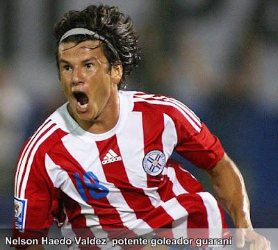Nélson Haedo Valdez delantero de Paraguay