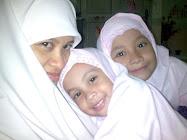 Umi,Muna & Kak Bi