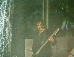 Geezer Butler Tocando con Ozzy 1995