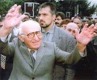 Политическата кариера на Борисов започна още като охранител на бившия комунистически диктатор Тодор Живков
