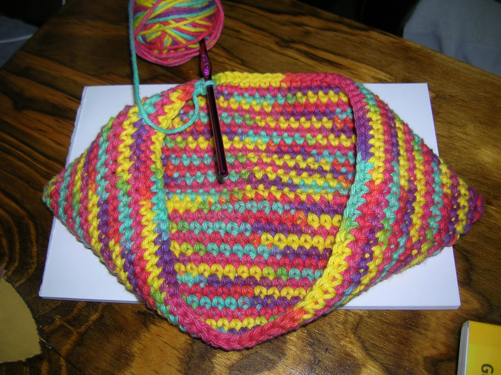 Crochet Patterns Potholders : Crochet Potholder