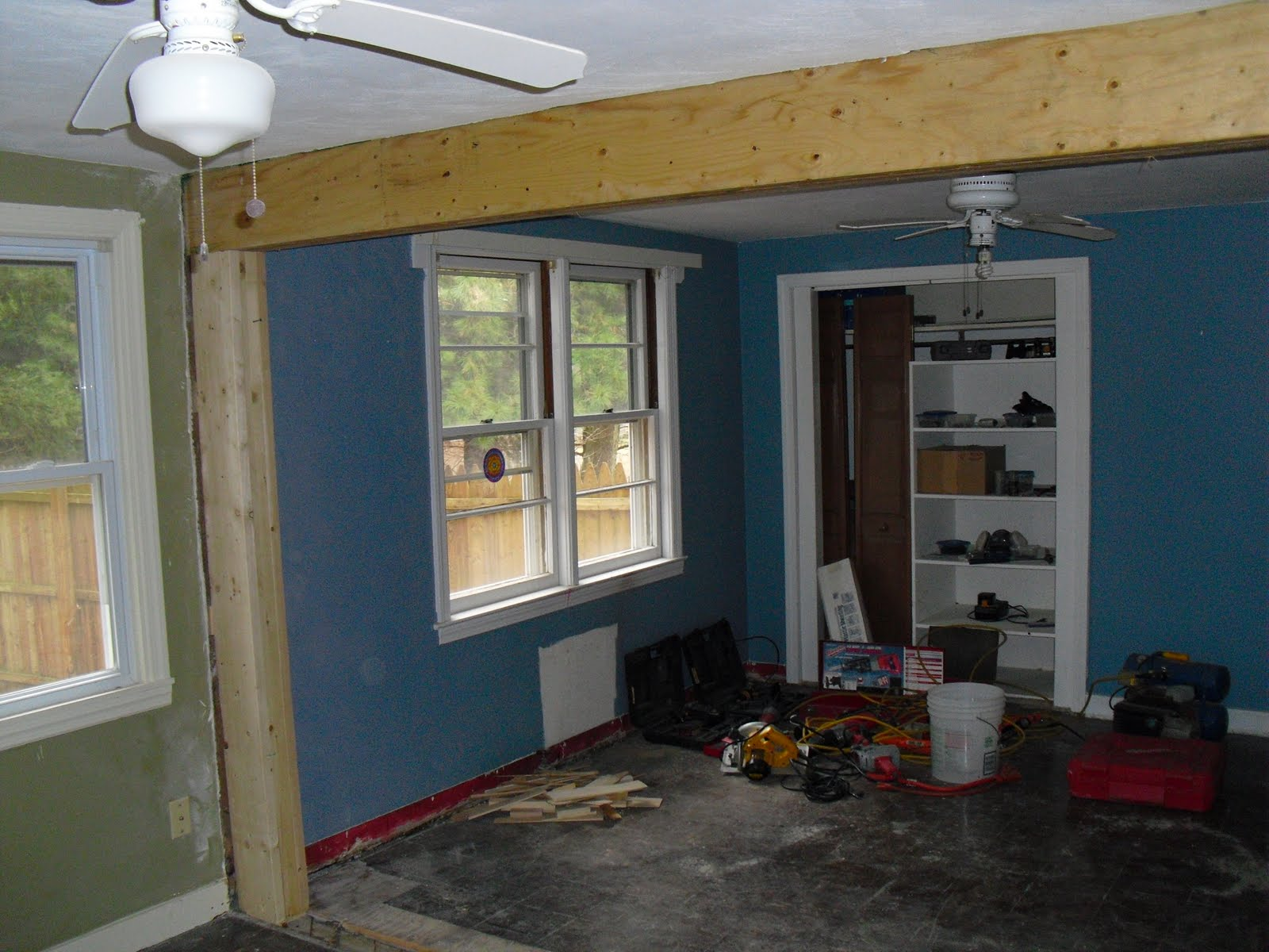 Top notch woodworks removing load bearing wall for Can a load bearing wall be removed