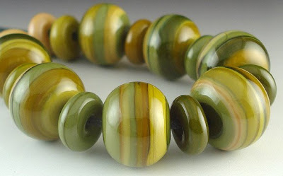 Lampworked bead set