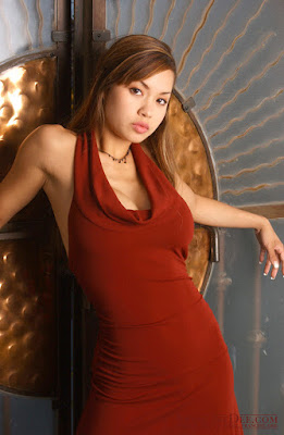 Francine Dee, Glamorous Burgundy Sleeveless Draped Dress Fashion