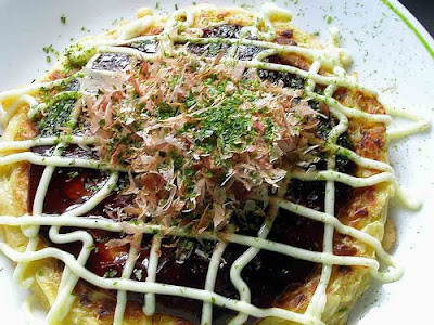 Okonomiyaki-Japanese food