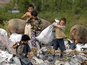 Las fotos prohibidas de la Alemania comunista Pobreza+en+argentina