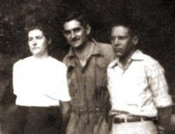 O prof. Barreiros na Gruta do Itambé.