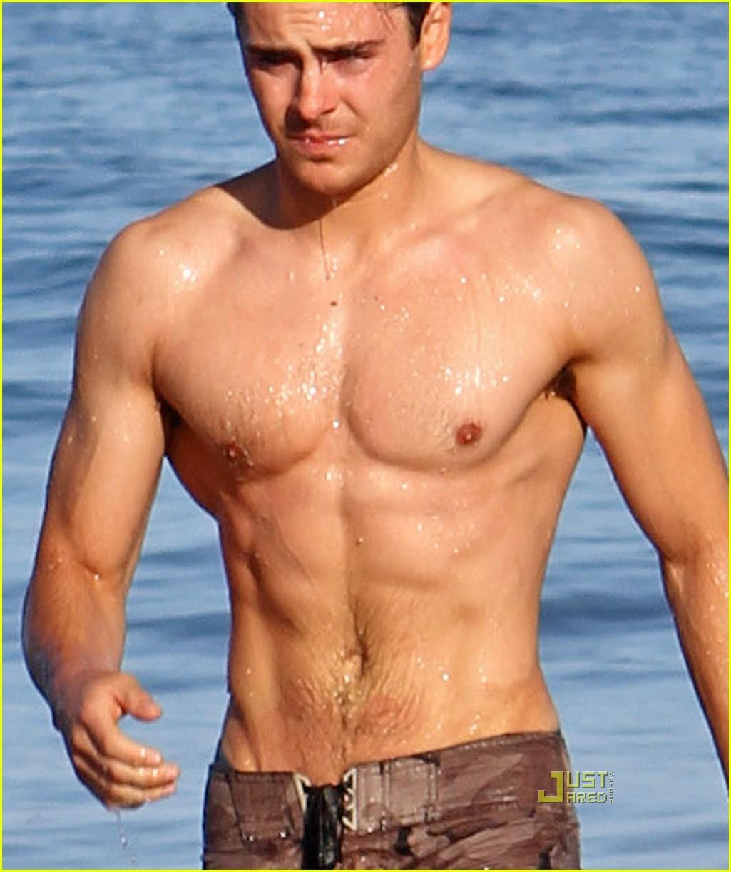 http://1.bp.blogspot.com/_ROXZFfuHbrs/TFCzXdUBerI/AAAAAAAAMZ8/vw-gzRSf_l4/s1600/zac+efron+topless+6.jpg