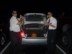 Elder Illu and I ,with our trunk of wonders, the fog had left by then..... sorry mom!