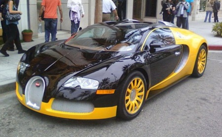 the bugatti veyron 16 4 sport strange colors cars go. Black Bedroom Furniture Sets. Home Design Ideas