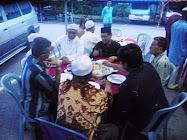 Majlis berbuka bersama selepas penyampaian faedah fasa 2 SMUE Hulu Selangor, Mesjid Nurul Iman, Ser
