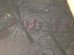 moi sąsiedzi lubią czerwone samochody :)