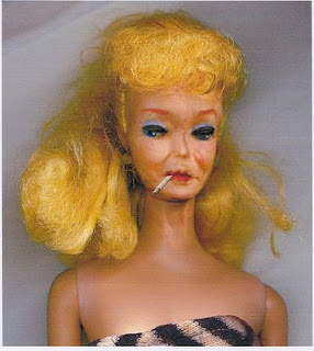 http://1.bp.blogspot.com/_RTSbDvmJ9wA/TMnd3dbnzpI/AAAAAAAAMu8/1JF9b9_eAX4/s1600/barbie.jpg