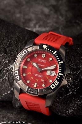 News : Victorinox Dive Master 500 PVD Blue Ice Horomundi-swissarmy
