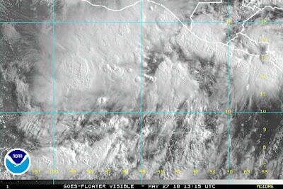 Pazifik aktuell: Erstes großes Tiefdruckgebiet vor El Salvador, Guatemala und Mexiko (potentiell Tropischer Sturm / Hurrikan AGATHA 2010), aktuell, 2010, Agatha, Hurrikannamen, Hurrikansaison 2010, Mexiko, Pazifik, Guatemala, El Salvador
