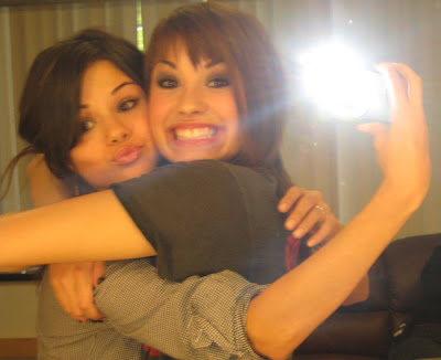 Demi Lovato Twitpic on Selena Gomez Demi Lovato Miss You Twitpic Jpg