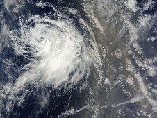 Noch einmal Fotos von KARL (Veracruz), IGOR (Bermuda) und JULIA ( mit Sahara-Sand), Lisa, 2010, Atlantik, Bermudas, Hurrikan Satellitenbilder, Hurrikanfotos, Hurrikansaison 2010, Igor, Julia, KARL, Mexiko, NASA,