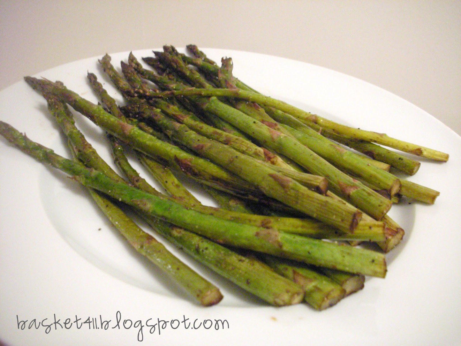 Basket 411: Lemon Balsamic Roasted Asparagus