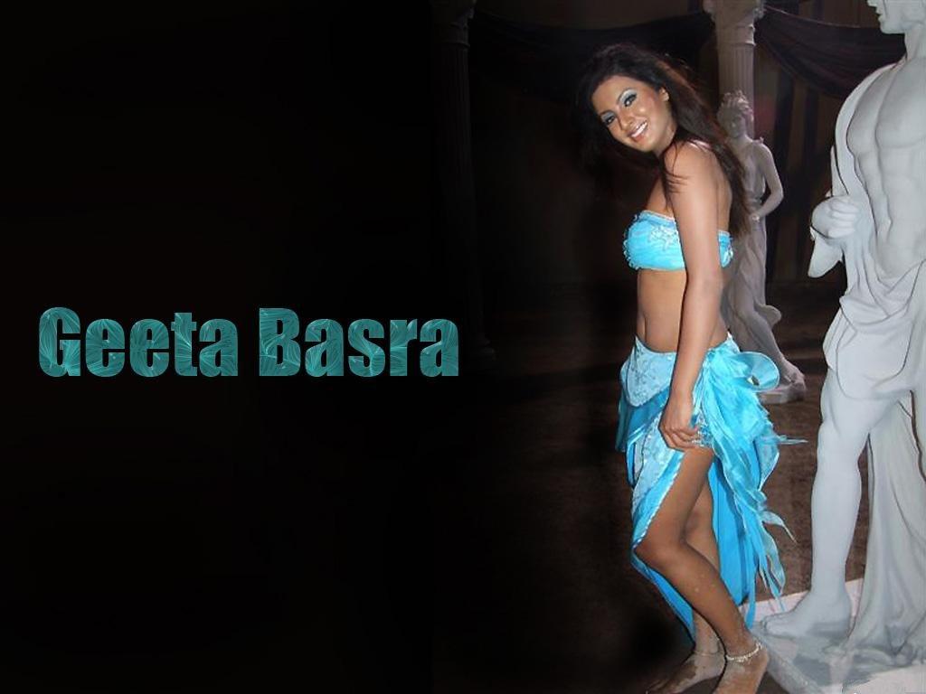 http://1.bp.blogspot.com/_RVTXL4Tq5jk/TP0pX_Bs-GI/AAAAAAAAF8A/XUb5cZGcryE/s1600/geeta-basra-hot-pics.jpg