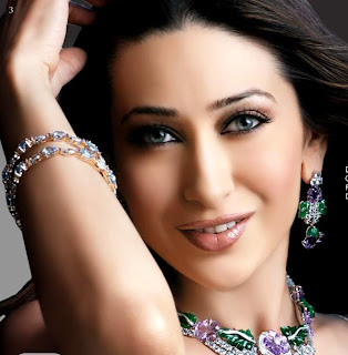 cute karishma kapoor wallpapers