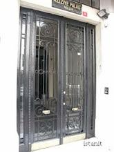 des portes travaillées