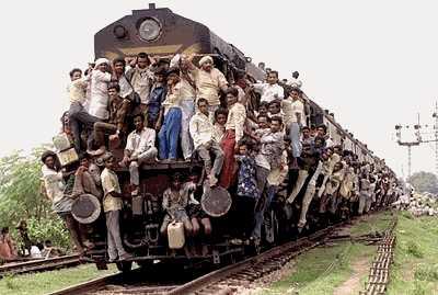 [Crowded_Train.jpg]