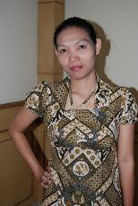 Aku dalam Balutan Batik