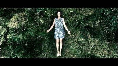 http://1.bp.blogspot.com/_RXXTpwgw_vg/SiZMmOjo7nI/AAAAAAAACZk/g1Fa3V09pOI/s1600-h/Scéne+du+film+Antichrist+de+Lars+von+Trier+avec+Charlotte+Gainsbourg.jpg