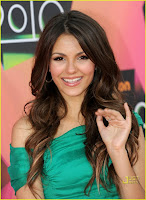 [2010]+Victoria+Justice+-+KIDS+CHOICE+AWARDS+2010+002.JPG (292×400)