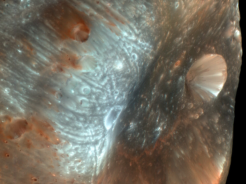 Phobos' Stickney Impact Crater