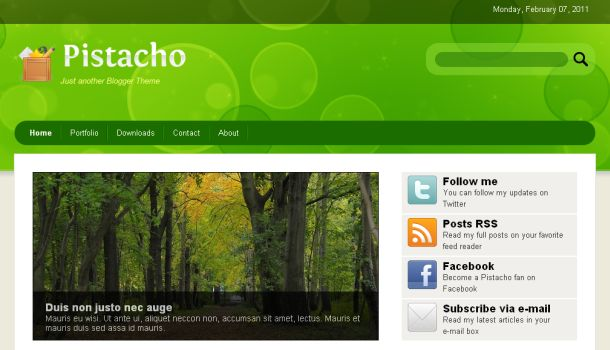 Free Green White Nature Blogger Template