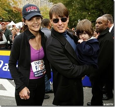 tom cruise body measurements. Tom Cruise and Katie Holmes