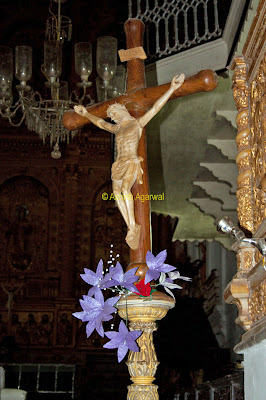 Sculpture of Jesus Christ on a cross inside the Se Cathedral in Goa