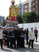 Il Santo Nicola in processione