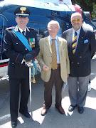 i giornalisti Dott. Pietro Vitale e Gastavo del Gado con il Col. Com. dei Carabiniri
