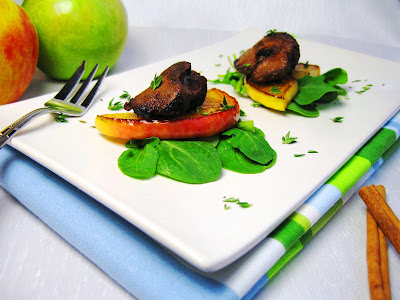 Chicken Liver with Cinnamon and Apples