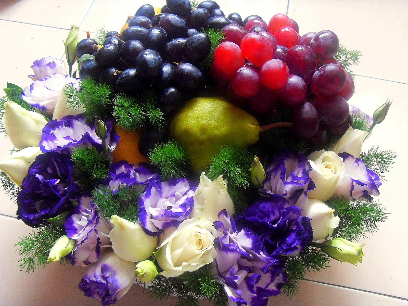 Gubahan Hantaran Bunga Segar-Purple & Putih