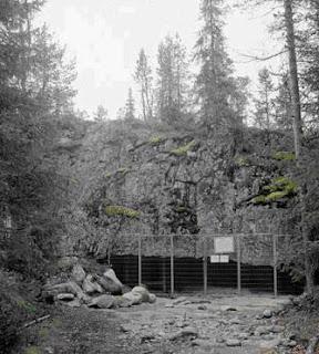 la cueva del lobo: