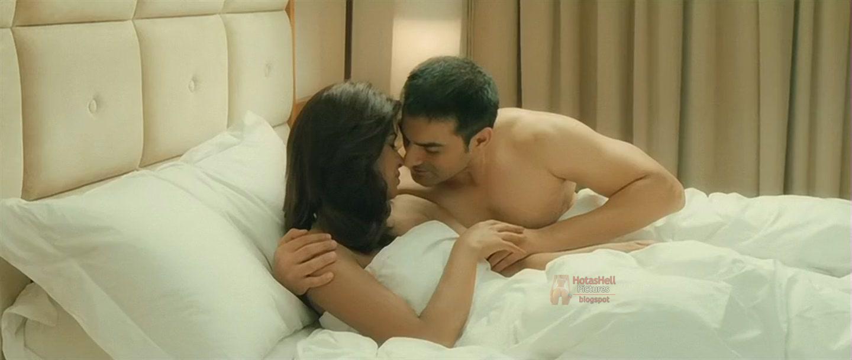 Priyanka Chopra Hot Se Scene In Movie