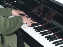 piano y pintura