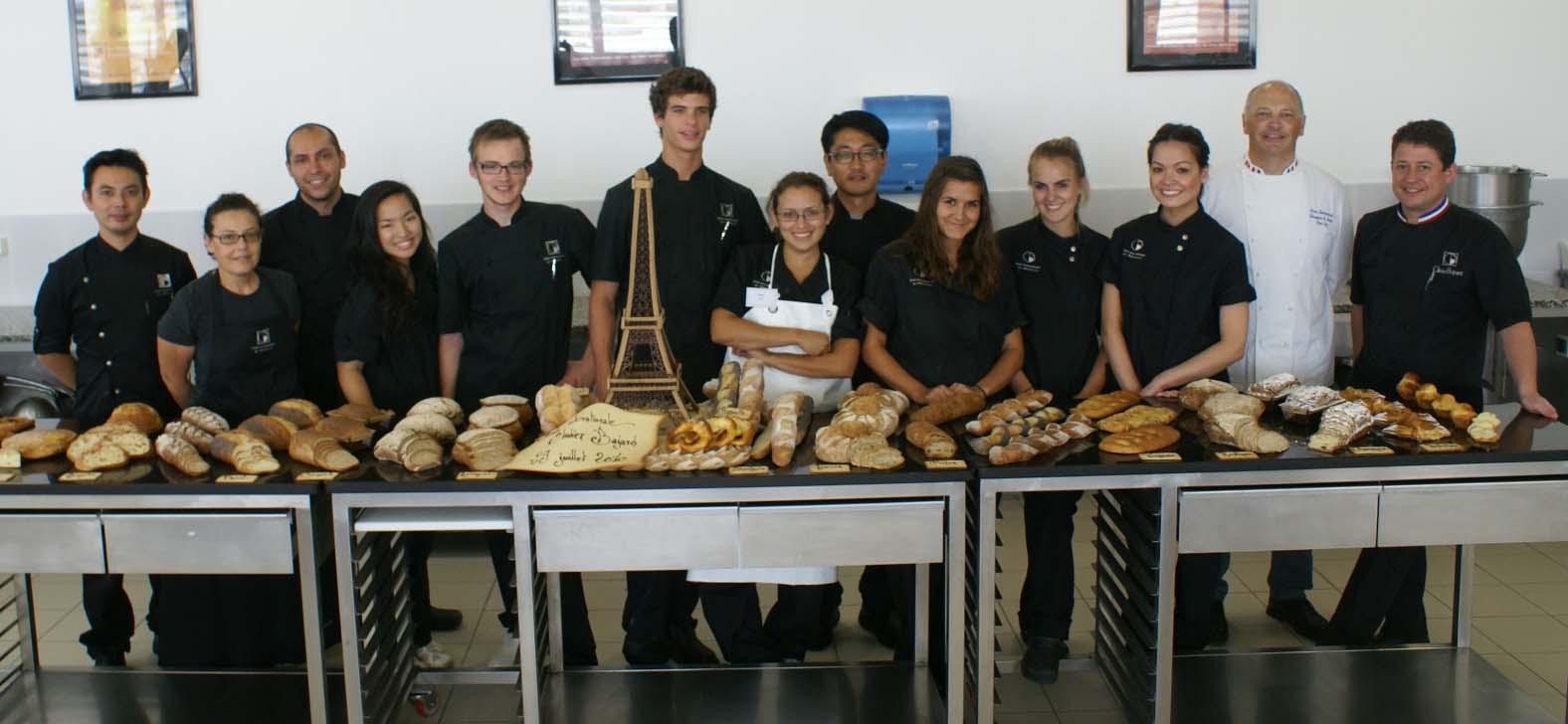 Crispy news pains et viennoiseries chez olivier bajard for Zimmermann cuisinier