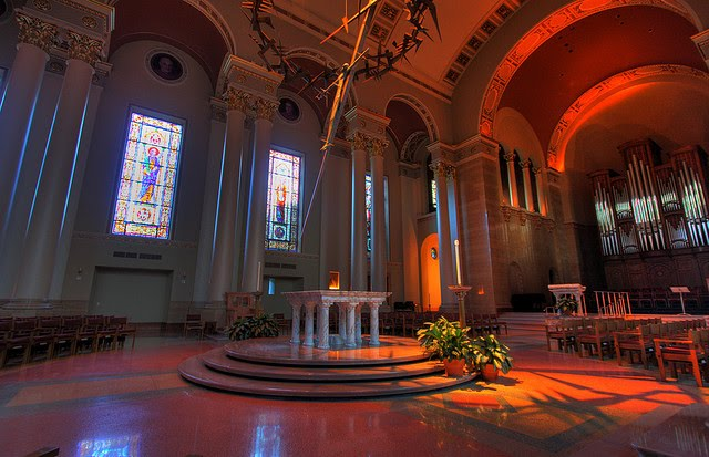 [Image: milwaukee_cathedral2.jpg]