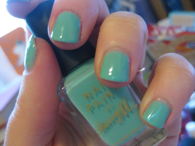 barry m nail paint #304 mint green