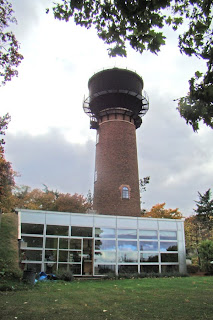 British water tower appreciation society bwtas tour of for Grand designs back garden