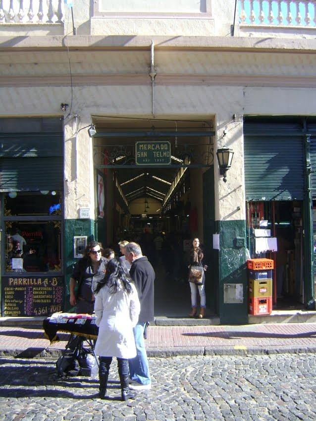 El Viejo Almacen Argentino Mercado De Pulgas De San Telmo