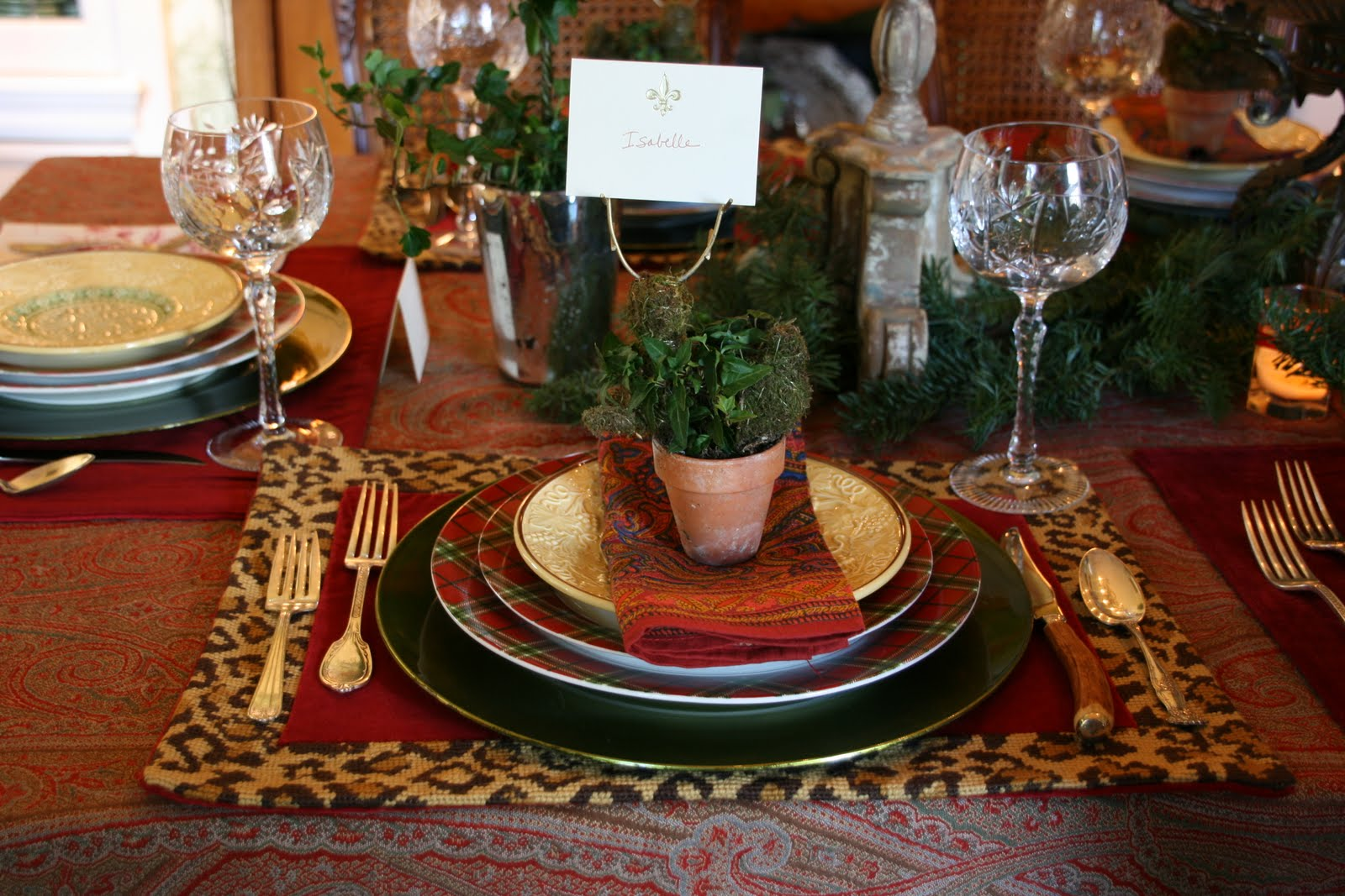 A christmas tablescape of paisley tartan and leopard for Instructions to make christmas table decorations