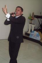 Cantor Reinaldo Alves