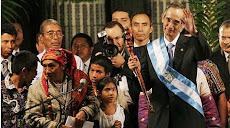 Ο Δον Αλεχάντρο Κυρίλο Περέζ Όξλαγ στην τελετή έναρξης καθηκόντων του προέδρου της Γουατεμάλας